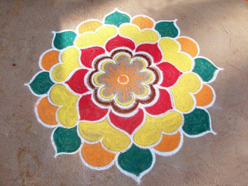 Rangoli Designs for Griha Pravesh Puja - Griha Pravesh ...
